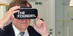 Le gouvernement britannique s'essaie à la VR, veut rassurer les créatifs