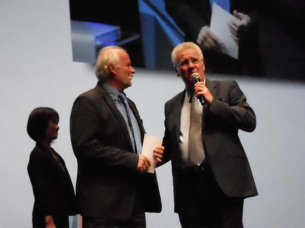 LV-Awards-Jerome.Bonaldi-Eric-Braux(Barco).jpg